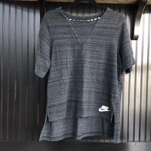 Nike Sportswear Advance 15 Short Sleeve Top